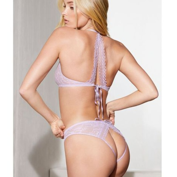 ade723c570f Victoria s Secret Very Sexy Peek-a-boo Cheekini